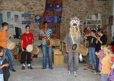 Atelier des masques à Monceaux